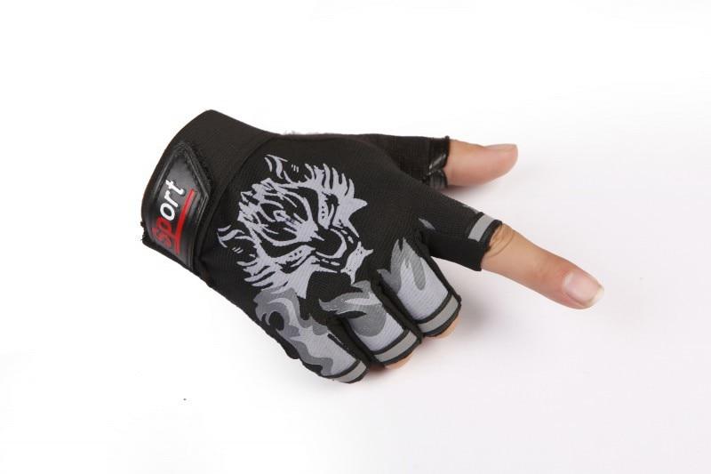 Wolf Printed Weightlifting Gloves